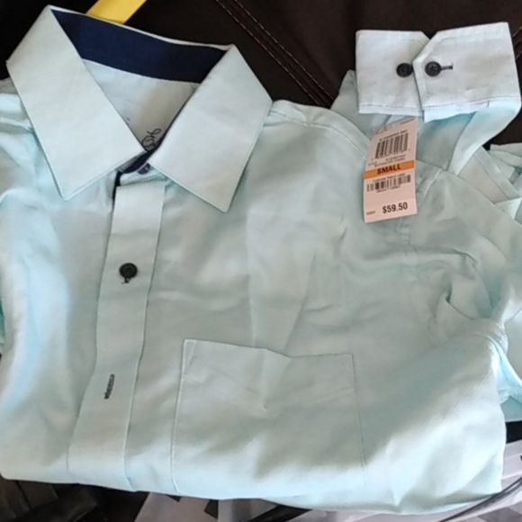 Button-up dress shirt 14 and a half/small